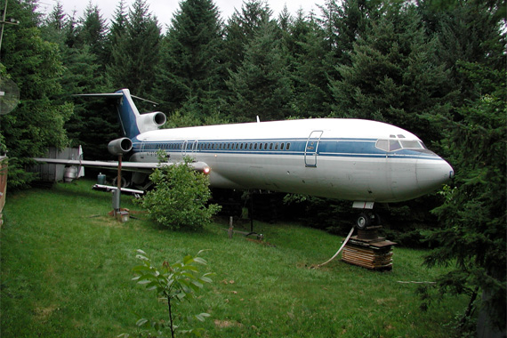 ugly-houses-airplane_69e88c9074644852190715be9334de7c_3x2_jpg_570x380_q85
