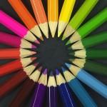 Ściana w kolorach tęczy